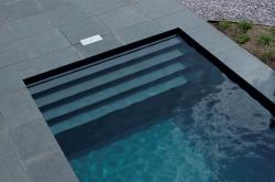 inbouw zwembad voor niets wetende vriend